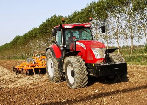 McCormick X7.680 Efficient Tractor